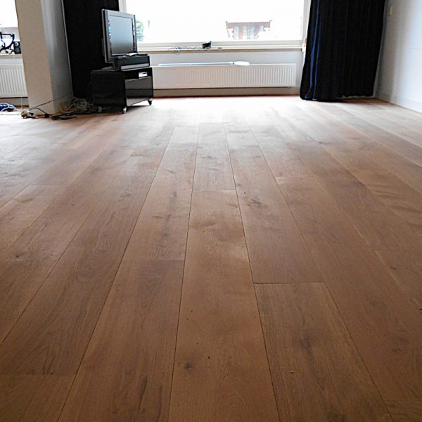 พื้นไม้โอ๊ค-ไม้ปูพื้น 26-27cm